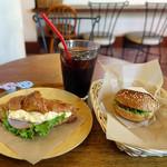 カフェ ガーデン - ハムとたまごのクロワッサン・ドリンクセット&プチハンバーガー