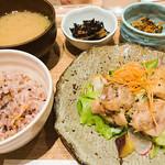かんみこより - 2016.10 一汁三菜ランチ(レモンペッパーチキン)