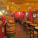 La Fee Delice   - 店内は木の温もり