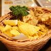どん底 - 料理写真:鶏の唐揚げ(850円)