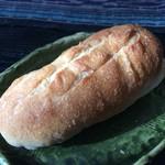 自家培養醗酵種パン 侭 - ゴールドレーズン