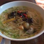 Nha Viet Nam - 野菜と若鶏のあんかけフォー
