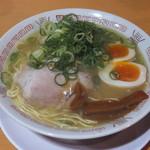 天天有 - 中華そば味玉入りです☆ 2016-1007訪問