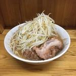 ラーメン二郎 - 小ラーメン 麺半分野菜多め