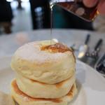 Micasadeco&Cafe - シロップを掛けて☆