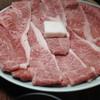 牛銀本店 - 料理写真:肩ロースとモモ肉