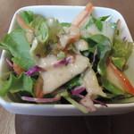 鉄板焼お好み焼 花子 - セットのサラダ