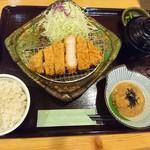 とんかつ処倉敷浜田屋 - 料理写真:黒豚ロースカツ定食。