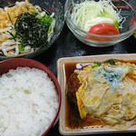 屋島 - カツ玉定食