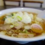 本田屋食堂 - 料理写真:[2016/09]中華そば(500円)