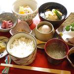 旬の味 まねき - 小京都膳:1365円