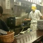 上かん屋 久佐久 - 厨房