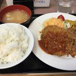 ランチハウス ミトヤ - 特製たれ焼肉&メンチカツ780円