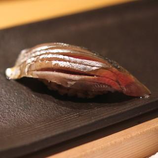 匠 進吾 - 料理写真:秋刀魚