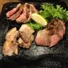 カッチャアルテゾーロ - 料理写真:六白黒豚3種部位の炭焼き