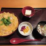 鳥茶屋 - 親子丼 980円