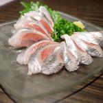 漁菜献舗 鳥新 - 2016.10)真イワシの刺身(600円)