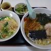 もりもり亭 - 料理写真:この日の日替りはラーメンとカツ丼