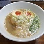 らーめん なんぞ屋 - 鶏豚魚ラーメン(830円)+煮玉子(100円)