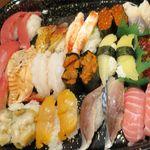 根室花まる - 寿司のアップ