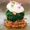 日本料理 晴山 - 料理写真:2016.10 イクラ ほうれん草 粟麩 舞茸の胡桃和え