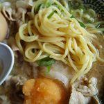 丸源ラーメン - 麺・クローズアップ