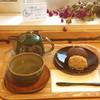カフェ オレンジゲイト - 料理写真:十勝小豆おはぎと煎茶のセット