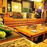 八仙 - 店内(テーブル席)