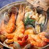 マヌエル・カーザ・デ・ファド - 料理写真:海の幸のカタプラーナ鍋 二枚貝のような形の独特の鍋で魚介類を蒸し煮にしました。当店一押しメニューのひとつ。