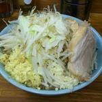 ラーメン二郎 - 小ラーメン(730円)、しょうが(50円)