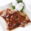 中国料理 海苑 - 料理写真:骨付きラム肉の黒胡椒炒め(3本)