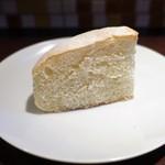 チッチャ - 自家製パン