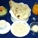 大臣表彰のカレーと大統領のカレー レストラン・シーツー -