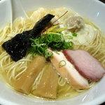 中華soba いそべ - 白旨にこにこワンタン麺