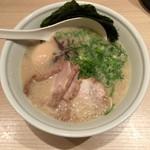 TOKYO豚骨BASE MADE by博多一風堂 - スペシャル豚骨プレーン(かため)