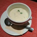 プロペラ - キャベツとベーコンのクリームスープ