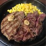 いきなり!ステーキ - ワイルドステーキ150g+ハンバーグ150g盛り合わせ(サラダ、スープ、ライス付き)1250円 ライスなし−100円