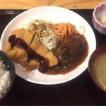 あらたま - ハンバーグ&チキンカツコンビ定食620円