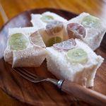 ラ・ペスカ - ブドウのサンドイッチ