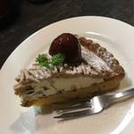CAFE MOJAVE - 季節限定。マロンタルト♪ マロンクリームにラムが効いて大人の味。