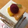パティスリー ルナール - 料理写真:季節のショートケーキ