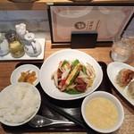 大豊記 - 黒酢酢豚定食1,000円