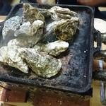 かき小屋フィーバー@BLUEJAWS - 牡蠣のガンガン鉄板焼き