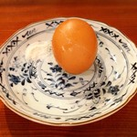 鳥料理 有明 - フレンチ鶏のゆで玉子+ボリビア古代塩