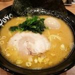 ユトリ - ラーメン 650円 味付卵 100円