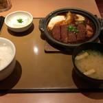 やよい軒  - 味噌かつ煮定食(760円)