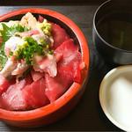 すし食堂 おはん - マグロ、イワシ丼 998円