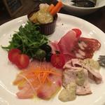 bee Miel - 料理写真:前菜いろいろ盛り1500円