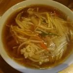 ウミガメ食堂 - サンマー麺850円