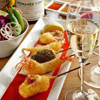 六覺燈 - メニュー写真:選りすぐられたヴィンテージワインと串揚げのマリアージュを是非ともお楽しみください。